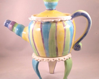 Ceramic Stoneware Teapot with Stand