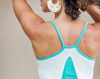 NEW! Backless Yoga Tank - Open back shirt with built-in bra Support - Women's Yoga Clothes