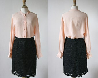 1990 Black lace skirt size 40