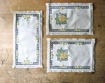 Dresser Scarf, Embroidered Dresser Scarf, Cross Stitch Dresser Scarf, Table Runner, Handmade Tablecloth, Sunflower Motif, Doily Doilies