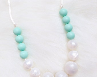 Pearl & Mint Silicone Teething / Nursing Necklace