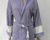 Women's purple colour diamond patterned Turkish thick cotton hooded XL size bathrobe, dressing gown.