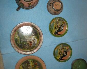 Childs' Vintage Pinocchio Tin Dishes