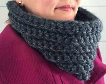 Women's Neck Cowl, Chunky Cowl Neck Scarf Winter Infinity Scarf. Charcoal gray thick warm scarf. Gift for her under 50, gift for best friend