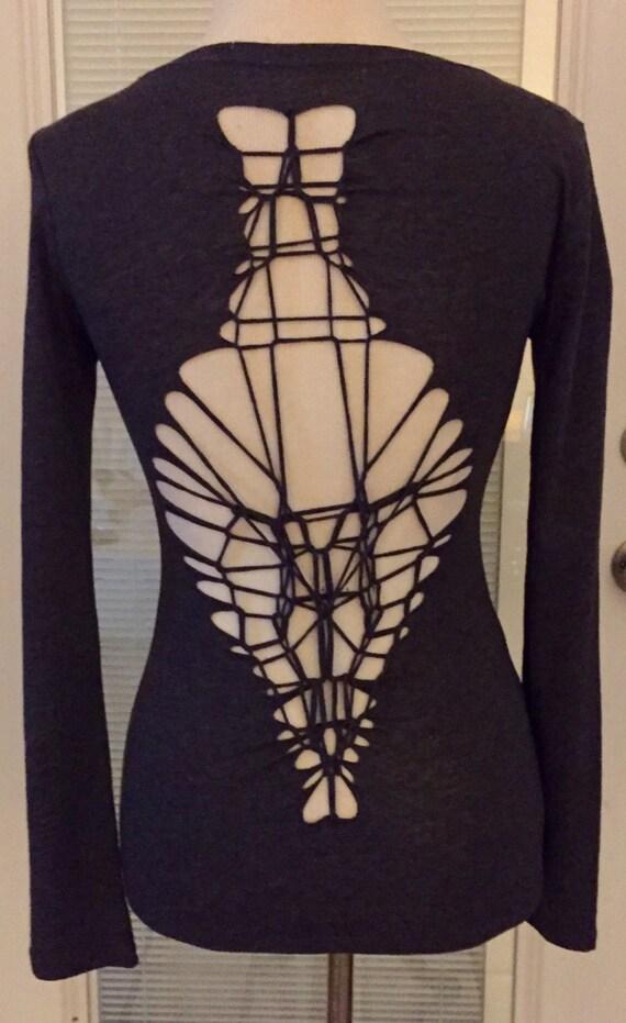 Slashed & weaved tshirt