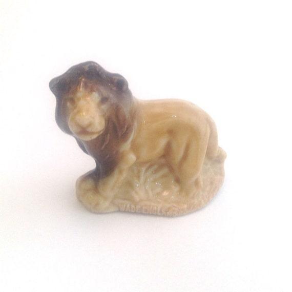 Wade Whimsie: Lion Figurine - 1973