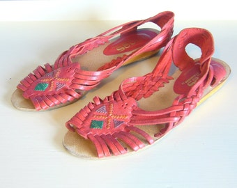 Vintage RED HUARACHES SANDALS/Woven Leather Slides/size 7.5