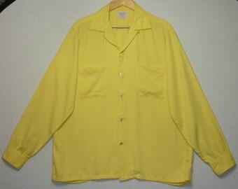 1950s Shirt / L - XL / Rayon Gabardine / Top Stitch / Loop Collar / Rockabilly / RnR / Vintage 1950s Mens Shirt / Elvis / Sport Shirt
