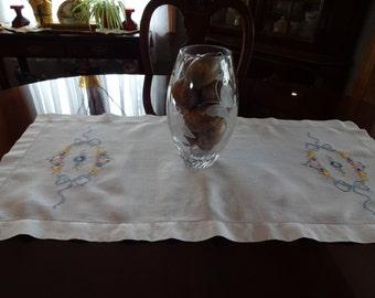 Vintage White Hand Embroidered Linen Table Runner