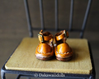 Blythe Doll / Hand made Leather shoes / Sandal /bright yellow