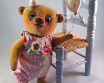 Cupcakebears Lolly, artist bear, collectors bear. mohair bear, needle felted bear, teddy bear,