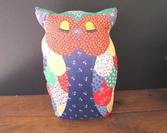 Kitsch Owl Pillow Vintage Modern Owl Shaped Pillow