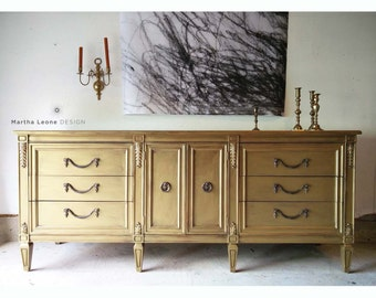 SAMPLE: Drexel 9 Drawer Hollywood Regency Dresser