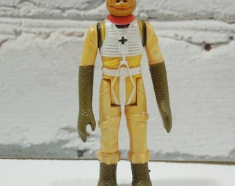 On Sale Price Vintage Bossk the Bounty Hunter Action Figure Toy. Made by Kenner. Bounty Hunter. Gentleman. Socialite. Make Cool Stop Action