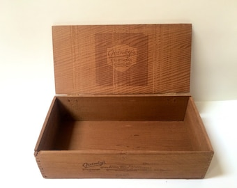 "Quinby""s California Chocolate Shop Dovetail Box Redwood Candy Box Primitive Box"