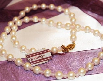 Glorious Vintage MARVELLA Couture Faux PEARL Moonstone Lucite Necklace ND