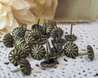 Vintage Oxford Upholstery Tacks Lot of 25 With Box Daisy Floral Design No.  9875 Furniture Nails