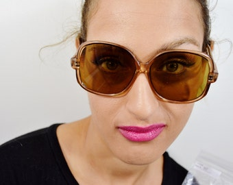 Great Vintage Women's  Sunglasses - See our huge collection of vintage eyewear