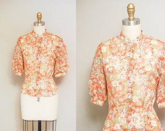Vintage Garden Floral Print Blouse / 70s Short Sleeve Button Up Shirt / Size Large/XL