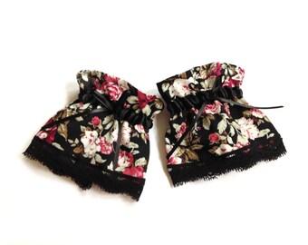 wrist cuffs gothic Lolita lace roses black