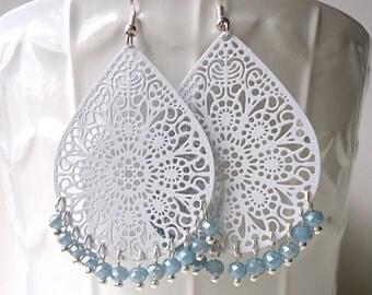 Grey earrings, Pastel earrings, teardrop earrings, long earrings, winter trends 2018, lace earrings, crystal earrings,