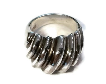 Modern Sterling Silver Dome Ring Size 8
