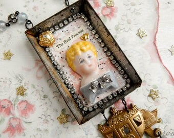 The real Princess / assemblage necklace / assemblage jewelry / vintage necklace / found object necklace / mixed media jewelry / repurposed