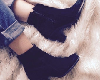 vintage 'Doreal' Italian suede ankle boots