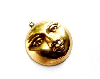 1 Antique Brass Moon Face Charm - 21-52-15