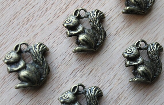 Jewelry Supplies- 2 pieces. 40mm Antique Bronze Squirrel Charm Pendant - Little Laser Lab