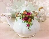 Old Country Roses, 2 1/2 Pint Teapot, Royal Albert