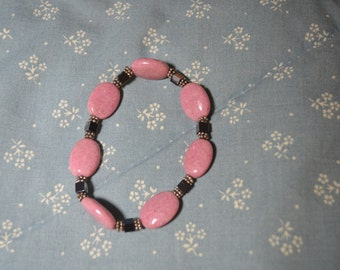 ON SALE  A Bracelet of Pink Stones That Stretches
