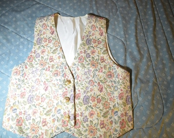 Beautiful Tapestry Vest in Cream with Pastel Flowers