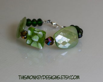Greener recycled gallery wire bracelet / jewelry / etsy / handmade / green / beaded / boho / recycle / gifts for women  / female artist