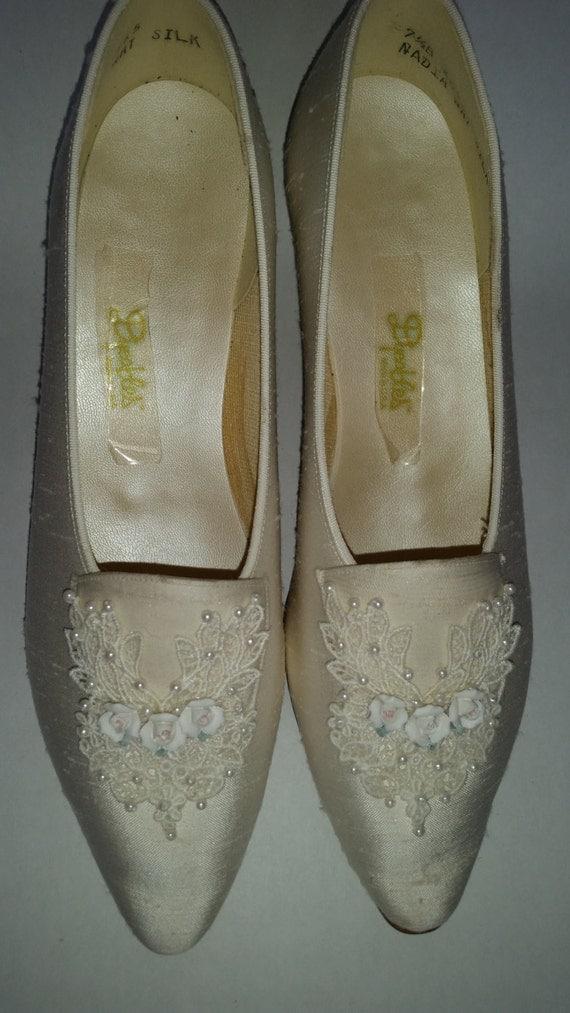 vintage wedding shoes 80 s white silk brides chunky heel