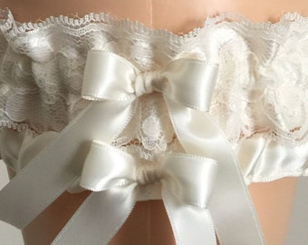 New Bridal White and Ivory Lace Wedding Garter Set, Bridal Garter, Prom Garter, Ivory Lace Garter, Keepsake Garter, Personalized Garter