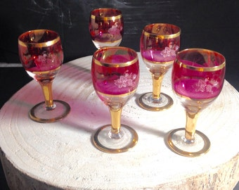 Set wine glases-small pink gold glasses
