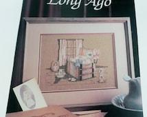 Paula Vaughan Cross stitch pattern Antique Trunk Victorian Leaflet Long Ago Leisure Arts 683 Book 20