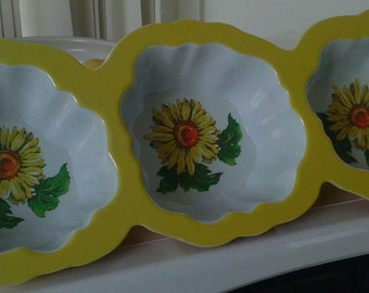 Vintage/Sunflower/3 Section Serving/Dish/Planter/Yellow/Melamine
