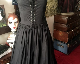La Dolce Vita - D&G black corset dress