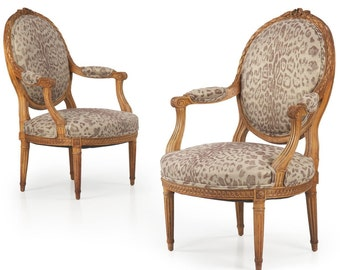 Pair of Carved French Louis XVI Style Antique Fauteuils 19th Century, 502MWY22