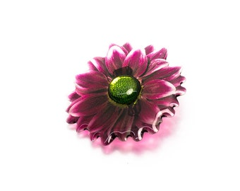 Chrysanthemum brooch. Comes in a gift box.
