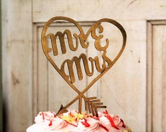 Mr & Mrs heart arrow Personalized Wedding Cake Topper,  Wedding Cake Topper, Wedding Cake Decor