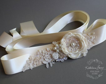 R750 Wedding dress sash belt - floral with lace - ivory and cream