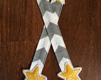 Reach Straps: Grey Zig Zag fabric with Stars