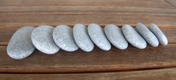 9 medium big size flache ovale kieselsteine ovale flache. Black Bedroom Furniture Sets. Home Design Ideas