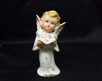 Angel figurine singing caroler mid century Christmas vintage Artmark singing angel white gold