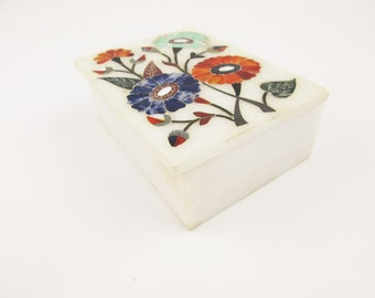 A 'Pietra Dura' Trinket Box - Multi-color Stone Inlaid Flowers on Makrana Marble Box - Made in India -Trinket Box