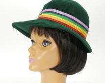 Vintage Women's ERNIE Green Felt Hat with Rainbow Ribbon Band - 1970s Fashion Hat