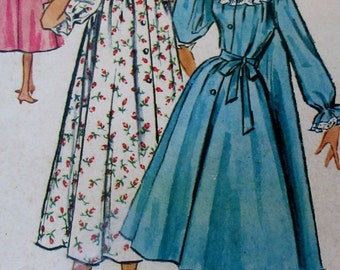 Vintage McCall's  Housecoat or Peignoir Pattern #3902 Size 14 **Epsteam